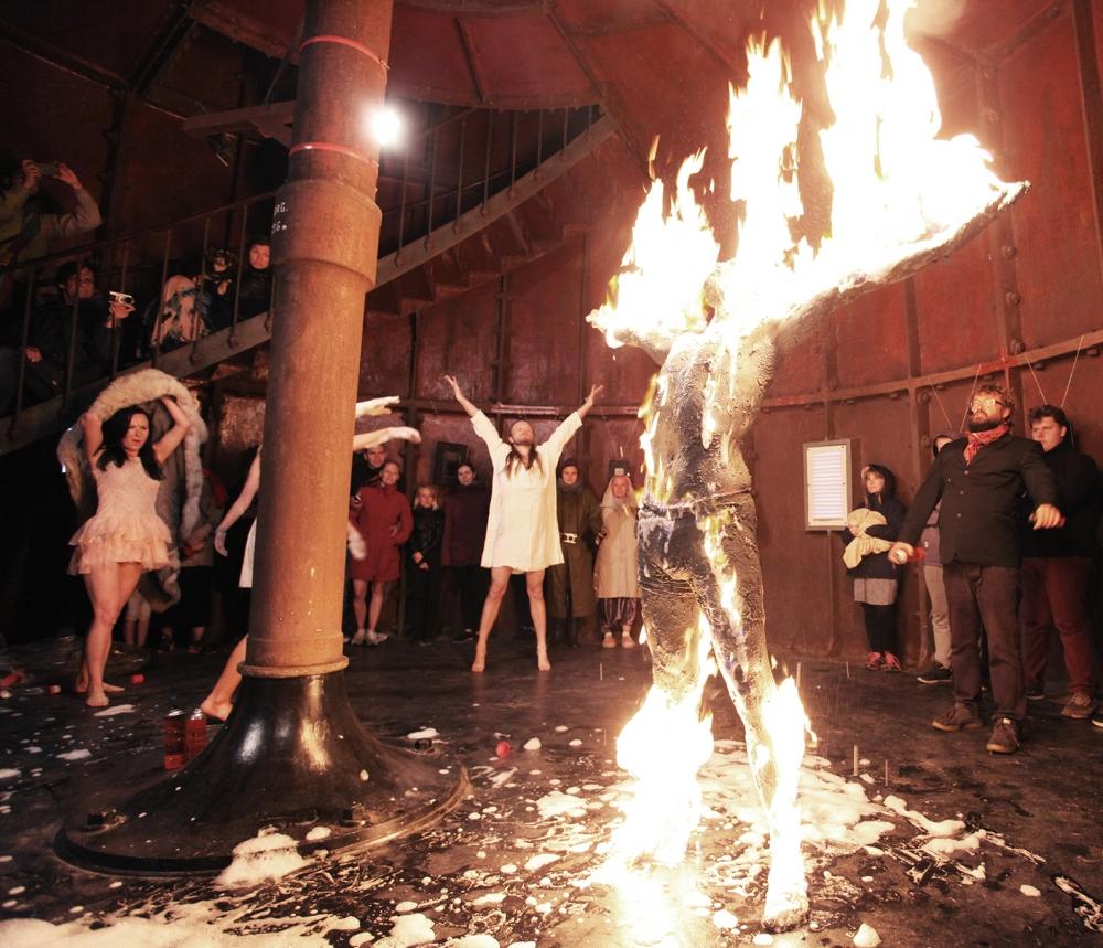 Non Grata performance eelmise aasta Tahkuna Briis festivalil