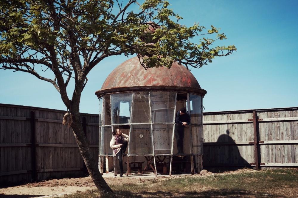 Laura Noodapera ja Tõnu Laasi Tahkuna tuletorni vanas kuplis