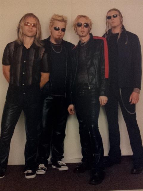 Mai 2001, Hollywood. Pildil on ansambel Acid7, mis tegutses aastatel 2000-2002. Pildil vasakult paremale: Jaanus Salm, Tarvo Valm, Alan Damien, Joakim Alderlöf.