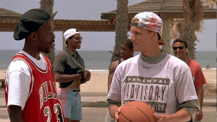 "90ndatel cool olnud Woody Harrelson kannab märki filmis ""White Men Can't Jump"""