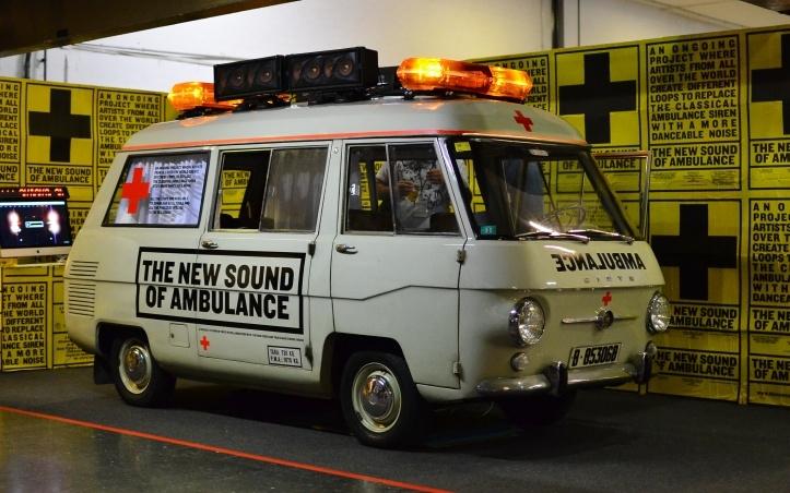 The New Sounds of Ambulance, projekt loomaks tantsitavaid loope Dj-dele kasutamiseks. Allalaadimiste raha läheb Punasele Ristile.