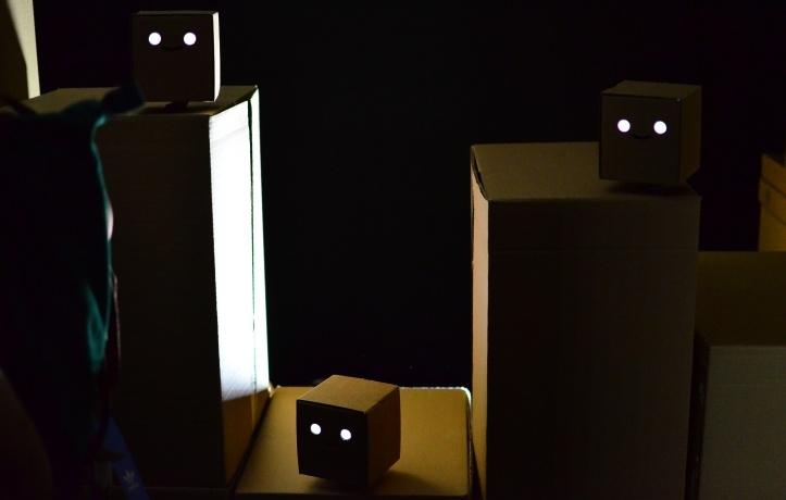 Cubepix, juhitavad vilkuvad ja liikuvad kuubikud.