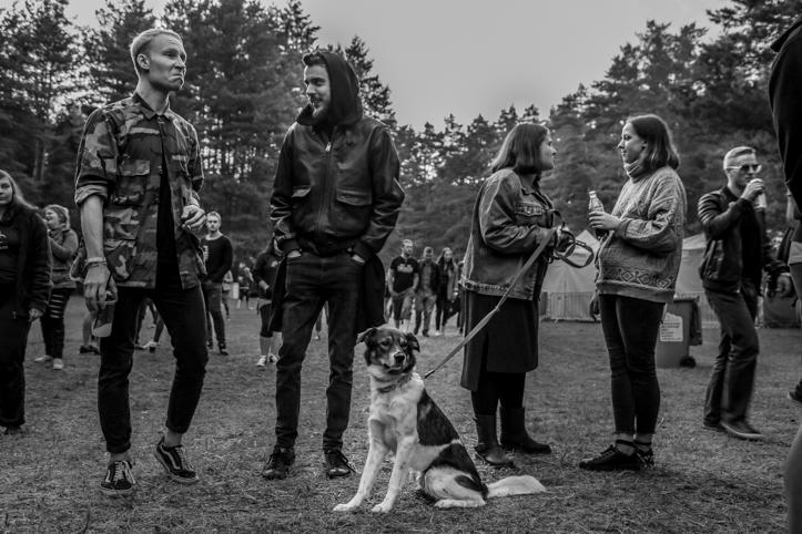 Kas ma juba kirjutasin, et festivalile olid ka kõik koerad oodatud?