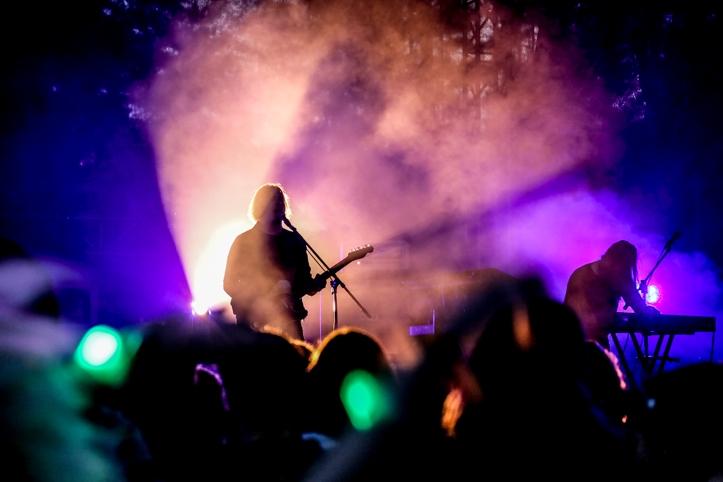 Oranssi Pazuzu on stiilipuhas Soome psühhedeelne black metal. Jällegi soovitan ära näha neil, kel põhjanaabrite muusika vastu allergia puudub.