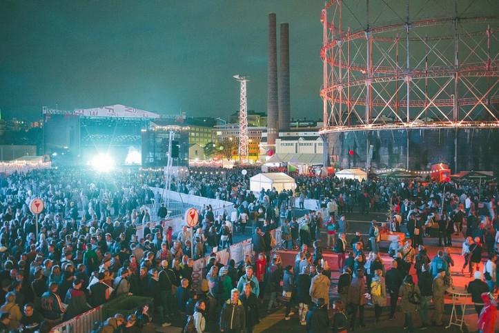 Järjekorranumbrilt juba üheksas Flow Festival oli senistest suurim ja laiahaardelisem ning seetõttu oli ka kogu festivali paigutus saanud uuenduse.