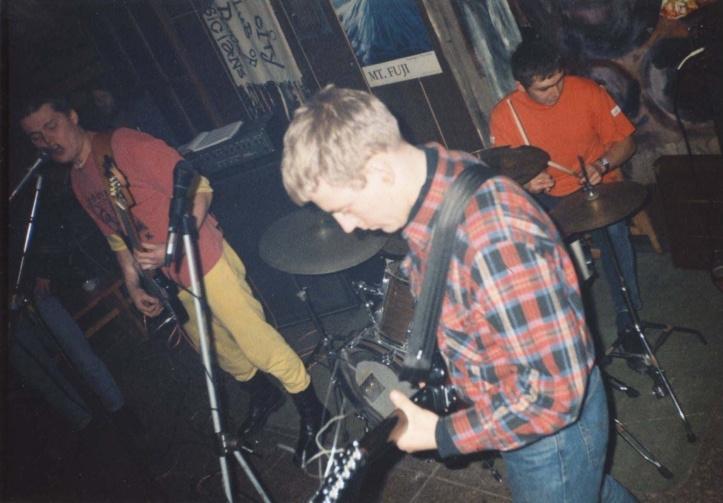 Hot Kommunist, Krevetka, sügis 1996