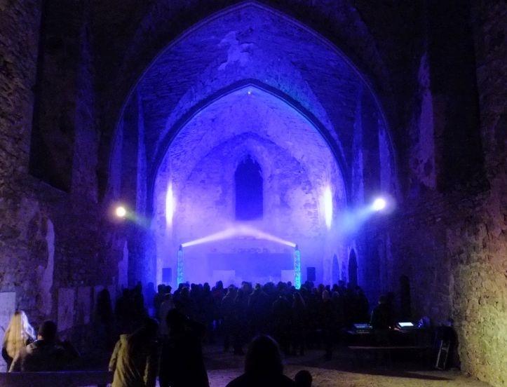 "Albumi ""Sepulchral Silence"" esitluskontsert Padise kloostris."