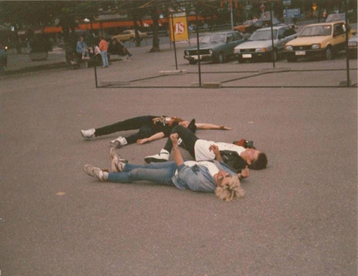 Koos Porsi ja Põdraga parklas puhkamas, Joensuu, suvi 1990