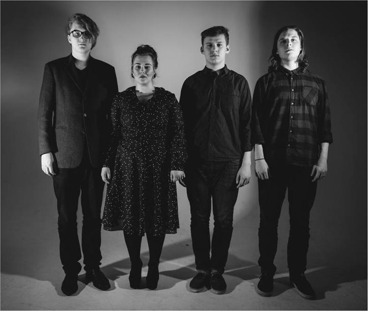 Innersound: Elina Hokkanen - vokaal, Johannes Laas - kitarr, Karl Tammaru - basskitarr, Jan Kulbin - löökpillid.